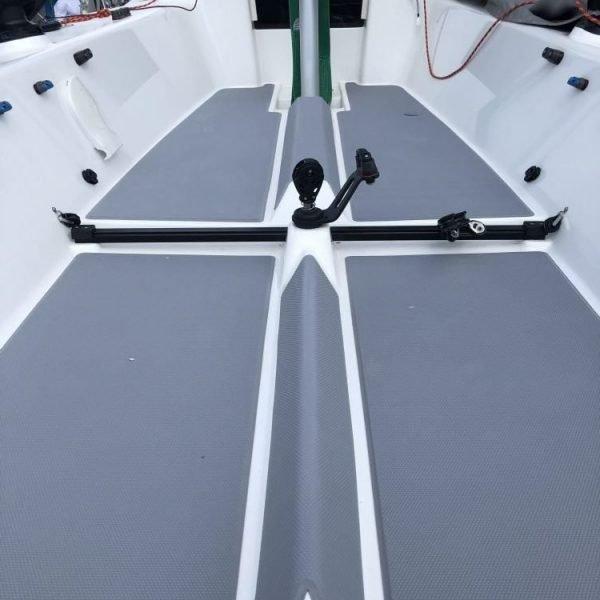 J70 Deck Grip Kit